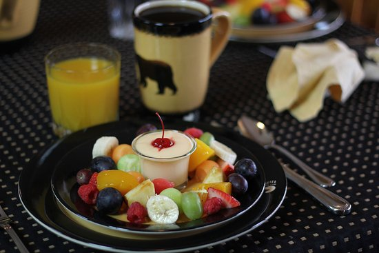 Walker, MN: Homemade delicious breakfasts.