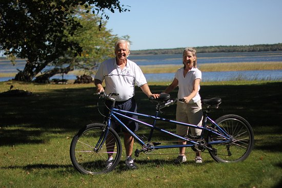 Walker, MN: Use any bikes for no charge, including tandem bike.