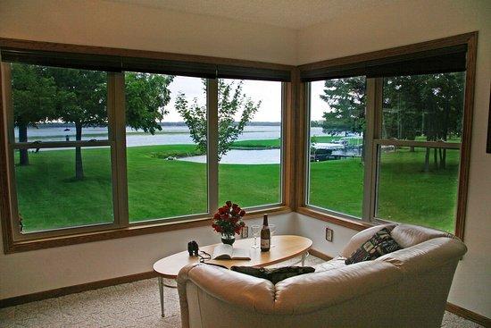 Walker, MN: Harbor View Suite