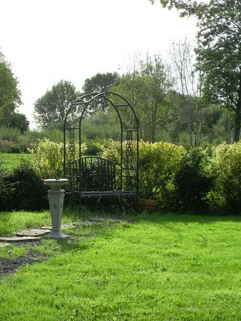 Callan, İrlanda: Moonarch B&B Garden