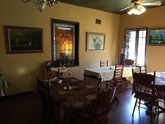 Casa Coquina Bed and Breakfast: Breakfast area