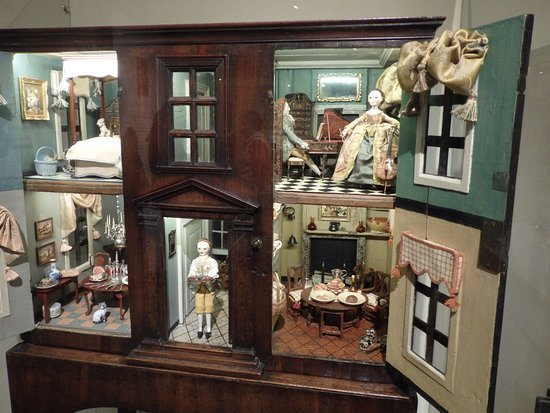 Concord Museum, casita de muñecas 1