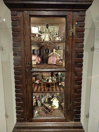 Concord, ماساتشوستس: Concord Museum, casita de muñecas 2
