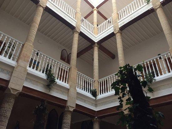 Palais des Remparts : photo1.jpg
