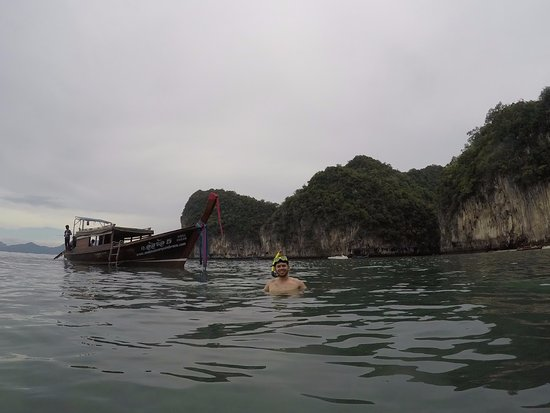 Andaman Camp and Day Cruise: snorkeling!