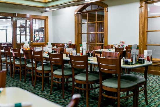 Perkins Family Restaurant and Bakery: Green Room in Perkins