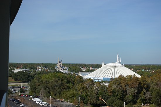 Bay Lake Tower at Disney's Contemporary Resort: theme park view from balcony