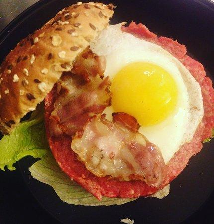 Comerio, Italia: Special Hamburger