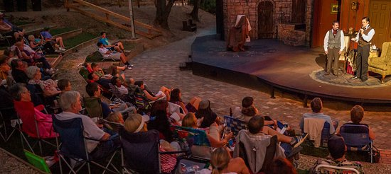 Τζάκσον, Καλιφόρνια: Enjoy a picnic and MSTW performance under the stars at beautiful Kennedy Mine Amphitheatre!