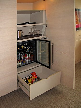 The St. Regis San Francisco: Room 1006 - Mini-bar w/ snack drawer, fridge, ice bucket and DVD player
