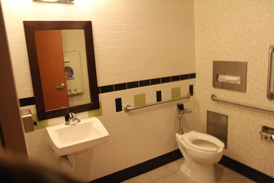 Fairfield Inn & Suites Madison East: You do not need to walk to the pool in your bathing suit, there is a his/hers changing rooms.