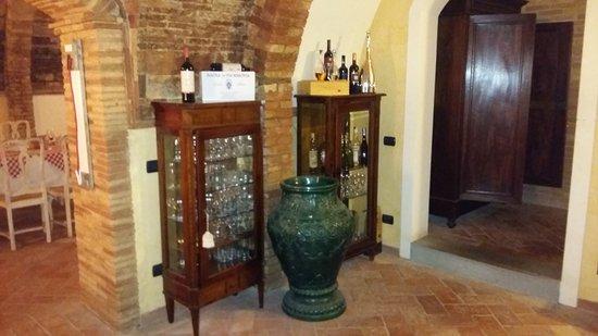 Chianni, Italy: Interno del locale...