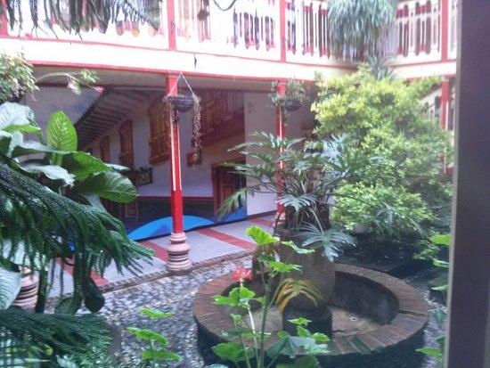 Salamina Hotels