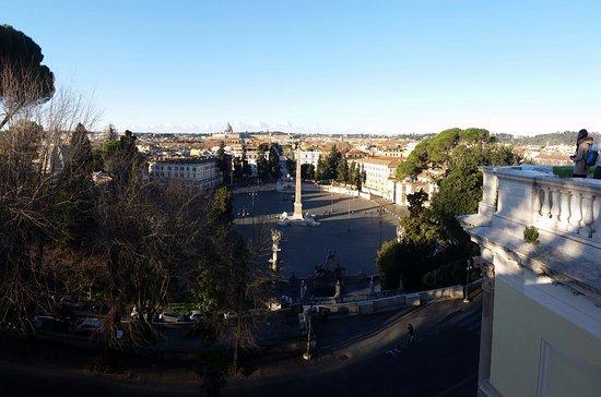 La piazza, vista dalla terrazza del Pincio - Picture of Piazza del ...