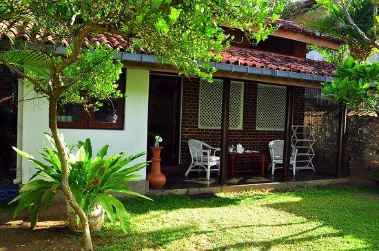 Cottage Garden Bungalows: Your personal verandah
