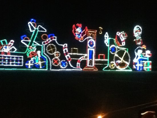 Speedway Christmas Lights.Holiday Display Lights Picture Of Bristol Motor Speedway