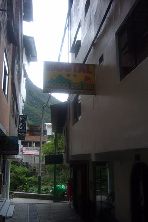 Hostel Mosoq Inti Inn: Exterior of hostal