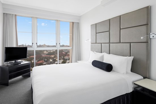 ‪Meriton Suites Bondi Junction‬