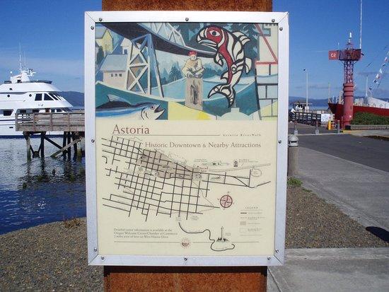 Astoria Riverfront Trolley: Astoria town map.