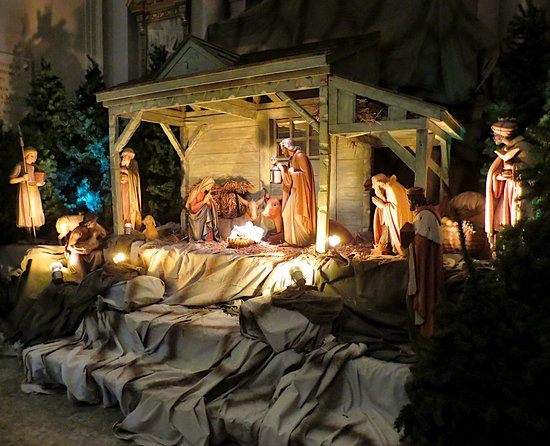 Montreal, Canada: Lovely manger during the Christmas season