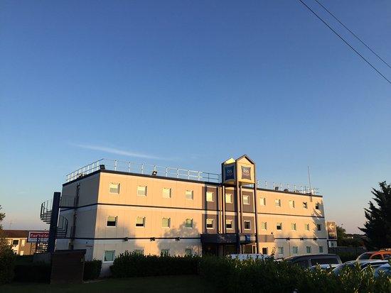 Ibis Budget Macon Nord: Highway Hotel