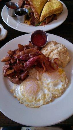 Media, PA: Bacon & Eggs & Fried & Scone