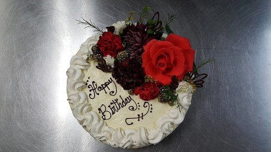 Nipomo, CA: celebrating a birthday. The Burton House and Grill  make special birthday cheesecake.