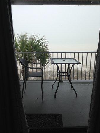 Nautical Watch Gulf Side Villas: It was really foggy 2 mornings