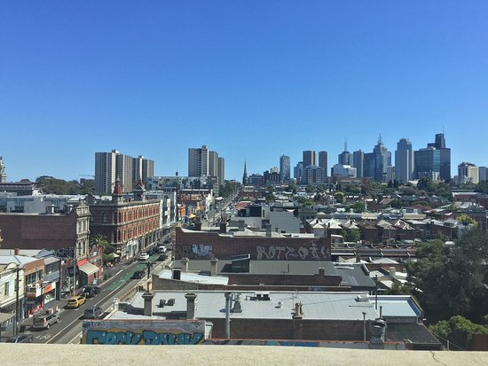 Fitzroy, Australien: City view from rooftop bar