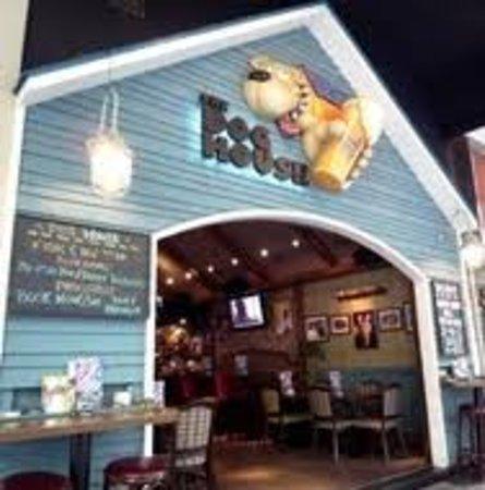 Dog House Bar Wan Chai