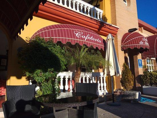 Lucena, España: Detalle vista exterior Asador-Restaurante