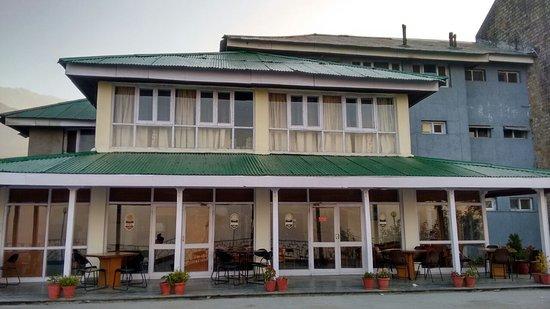 Dhauladhar Hotel
