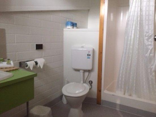 Eastcoaster Resort: Bathroom