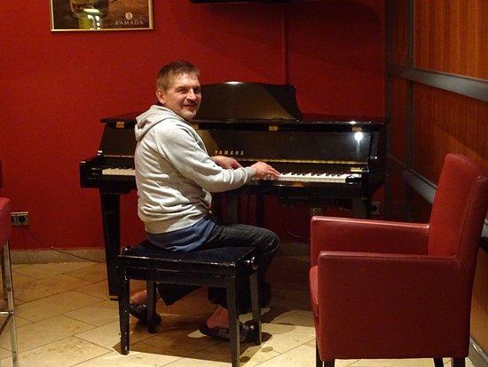 Bureau Pour Piano : Petit coin bureau picture of h hotel koeln bruehl bruhl