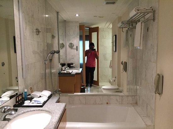 Amara Singapore Hotel: Amara Hotel Deluxe Room