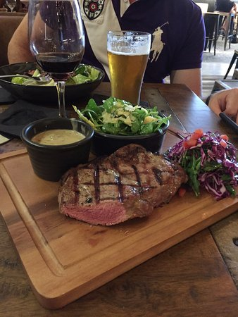 Narellan, Australia: Steak was perfectly medium rare. As good as it gets!