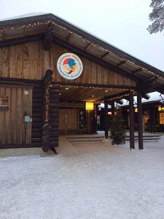 Santa Claus Office: Территория