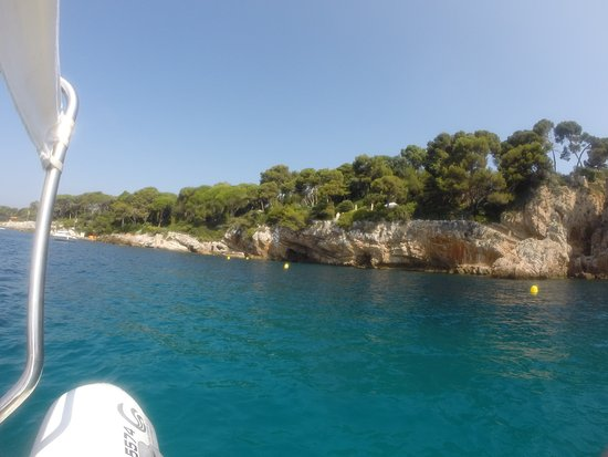 Le Sentier du Littoral, Cap d'Antibes : Almost had the place to ourselves
