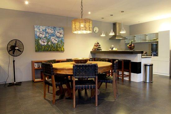 Anyar Estate: Dining area at 2 bedrooms villa