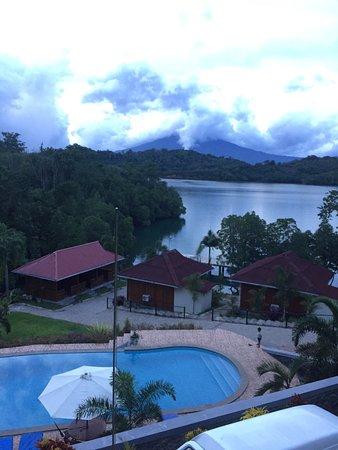 Honey Bay Resort & Dive Center