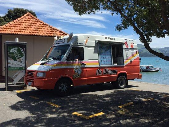 Akaroa TOP 10 Holiday Park: Ice cream