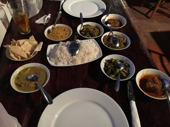 Mama's Galle Fort Roof Cafe: photo0.jpg