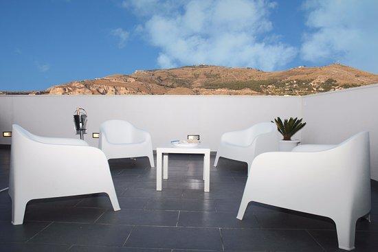 Acquaro design aparthotel apartment reviews price for Design hotel sicily
