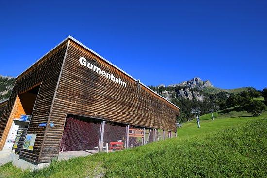 Braunwald, Ελβετία: Gondelbahn Gumen