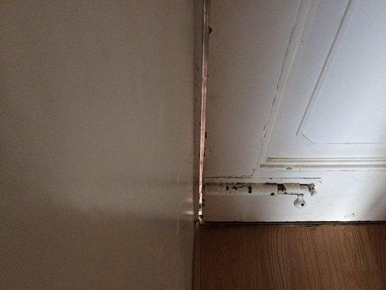 Lakelovers: Draft Gap Around Warped Front Door, Photo Here When It Was  Locked Shut