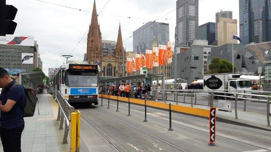 St Kilda, Australia: Middle of the road station at Flinter Street, Melbourne.
