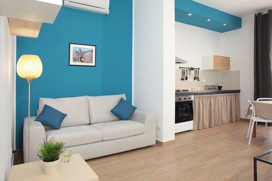 Soggiorno - cucina - Picture of Acquaro - Design Aparthotel, Trapani ...