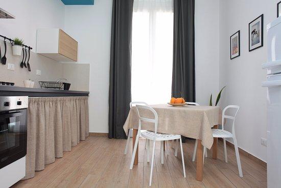 Soggiorno - cucina - Picture of Acquaro - Design Aparthotel ...