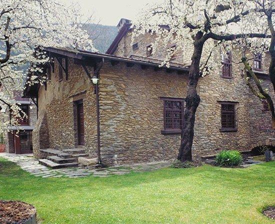 Museu Casa d'Areny-Plandolit: Casa Areny Plandolit