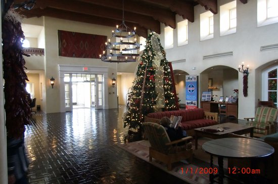 Hotel Albuquerque at Old Town: main lobby decked out for Christmas